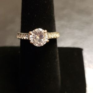 Pretty cz diamond ring modern round cut